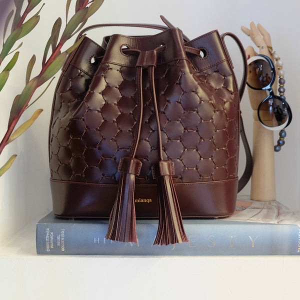 bordeaux fashion luxury sustainable bucket bag