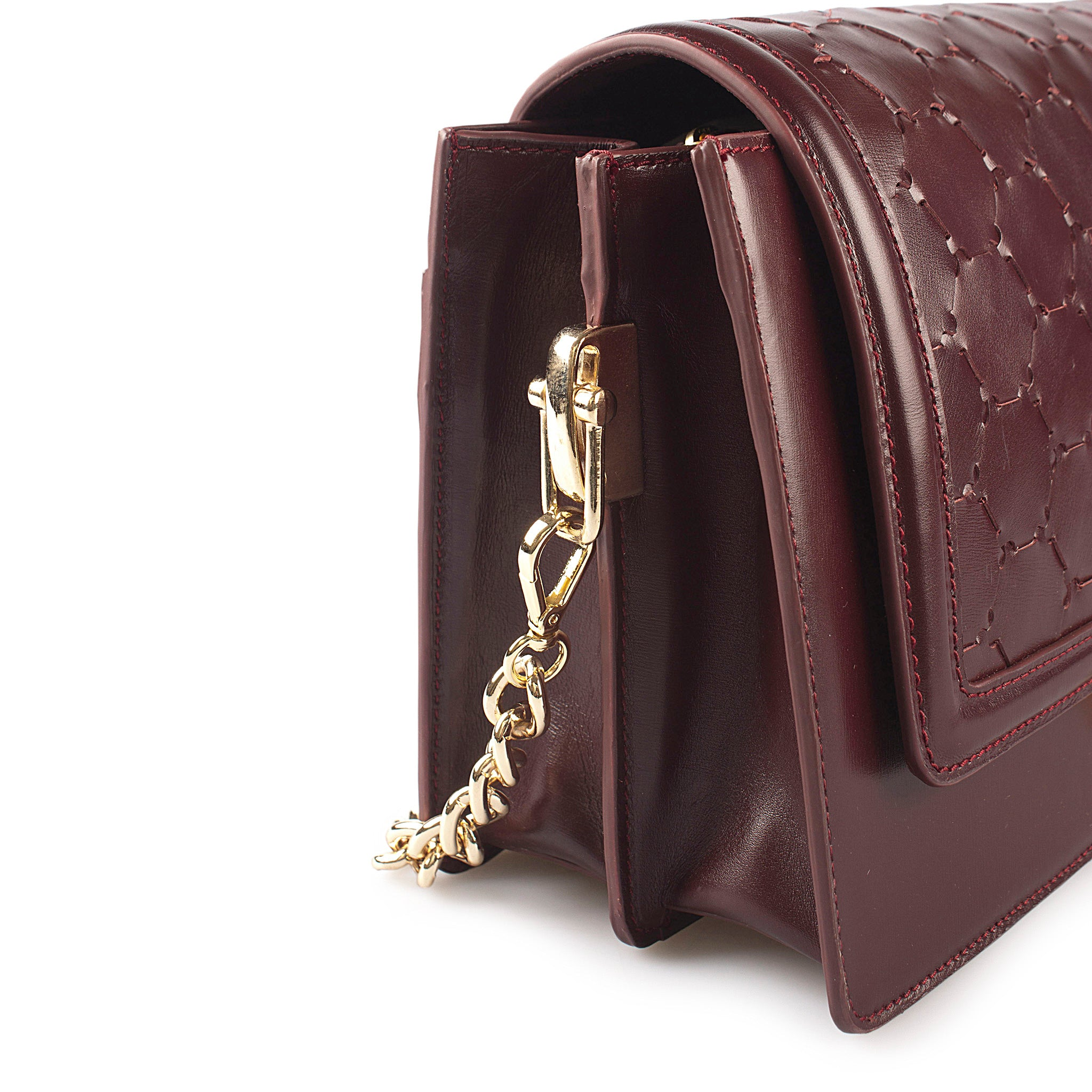 bordeaux luxury leather crossbody bag with handwoven flap and chain handle side detail