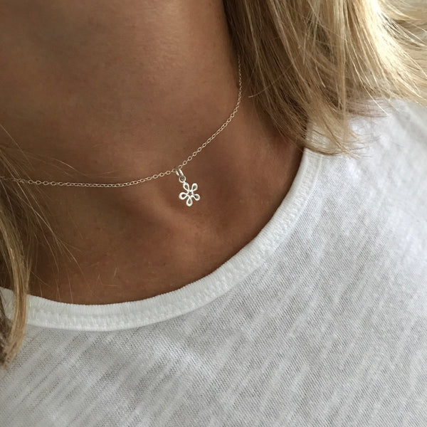 Silver Delicate Flower Choker Necklace