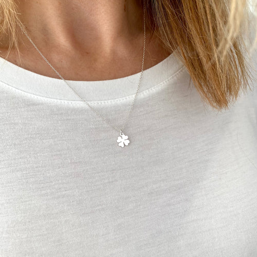 LUCKY | Silver Clover Leaf Necklace