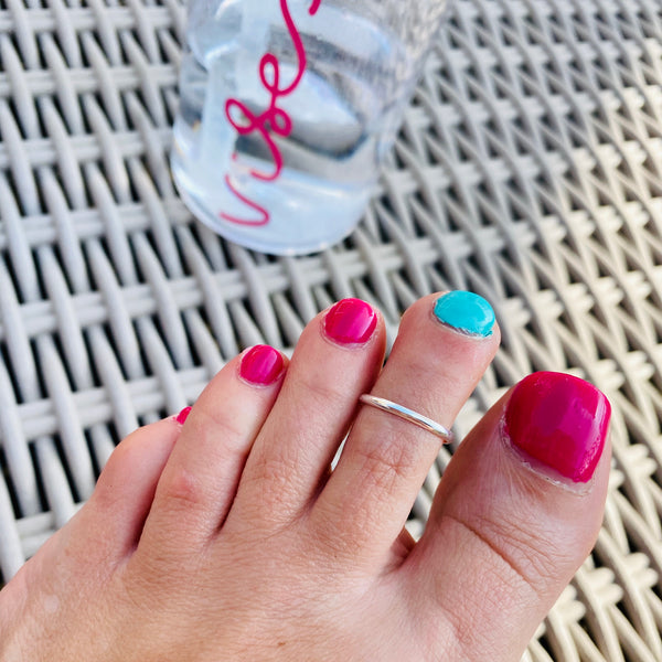 Silver Band Toe Ring - KookyTwo