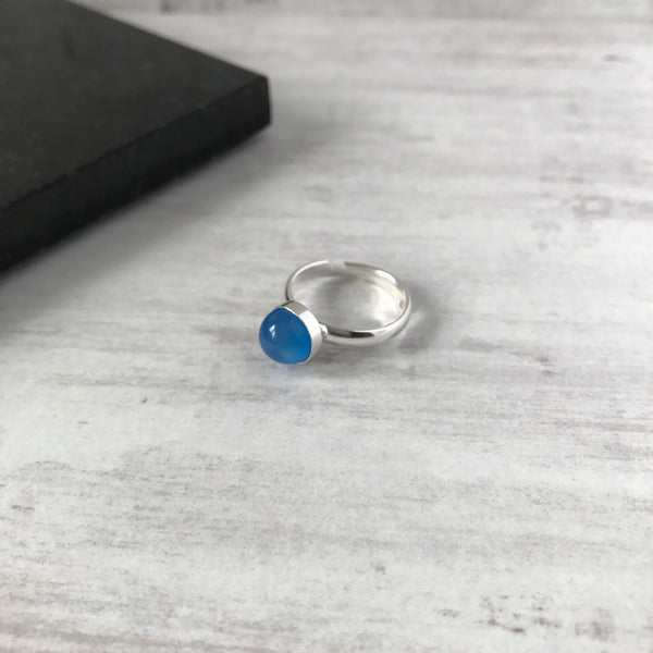 Blue Onyx Round Gemstone Ring