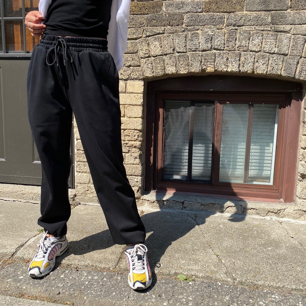 DELUXE Joggers