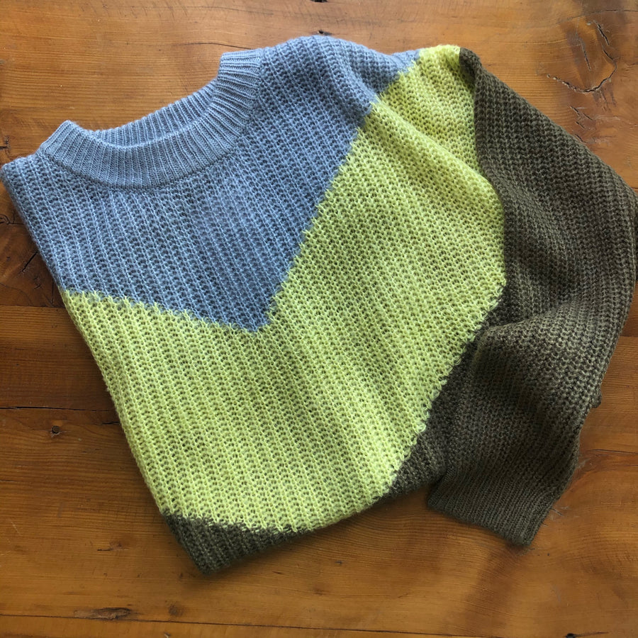 BELLA Colourblock Crew Neck Sweater