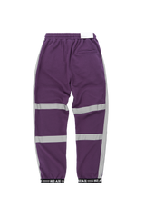 Shop HUI AIE Striped Reflective Elastic Waist Sweatpants at SIMPLIFYBOX. Find our latest collection of Sweatpants at SIMPLIFY BOX