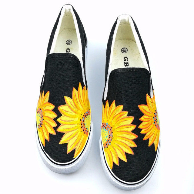 2017 Summer Women Hand Painted Canvas Shoes Floral Cartoon Casual