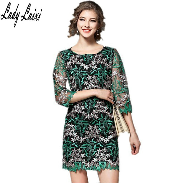 2017 New Spring Green Embroidery Flowers Dress Fashion Casual Women