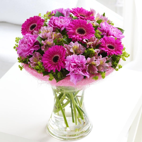 Make Christmas Shopping Easy By Sending Flowers