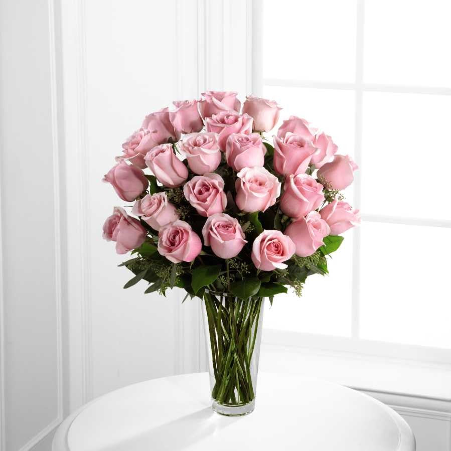 Nothing speaks of love so much as a bouquet of beautiful 24 long stem pink roses. This bouquet is a gift to her heart from yours. Toronto Online Flower Delivery Service for Luxury Roses providing free delivery in the greater Toronto area for Birthdays, Anniversary, New baby, Weddings, Mother's Day and Valentines day