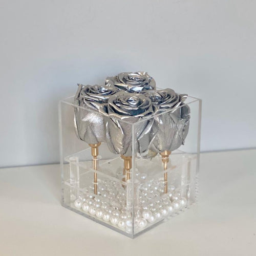 4 SILVER EVERLASTING ROSES