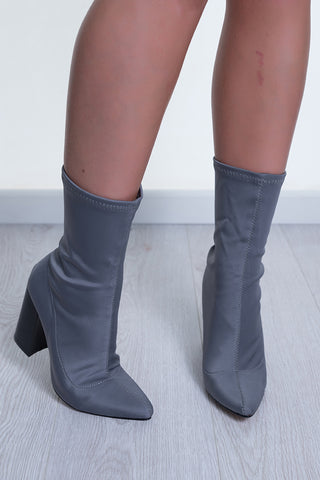 RULE BREAKER BOOTS - GREY