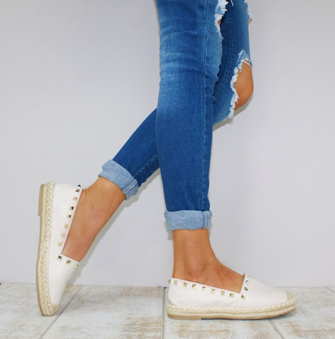 BE YOUNG STUDDED ESPADRILLES - OFF WHITE