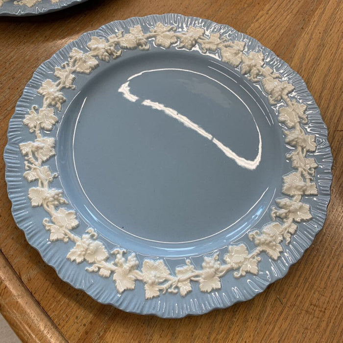 Wedgewood Embossed Queensware China Dessert Plate - Cream on Lavender