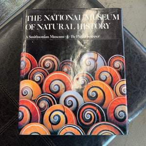 Book - National Museum of Natural History - Smithsonian