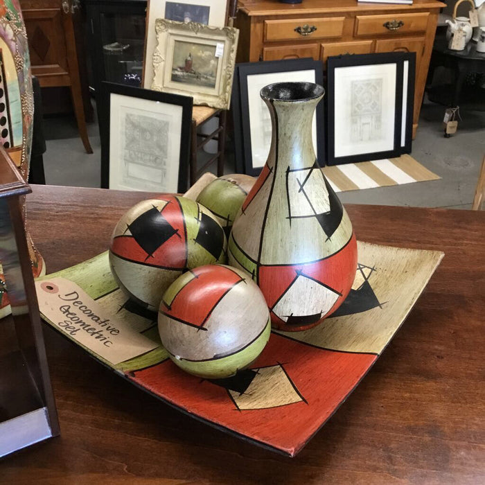 Decorative Geometric Ball & Tray Lot