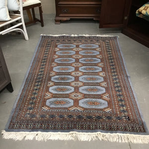 100% Wool Turkish Carpet w Fringe