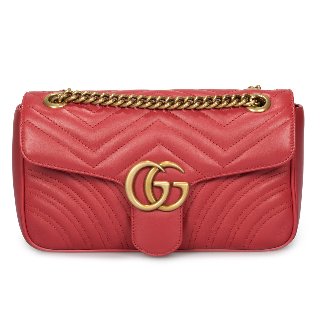 Gucci Marmont Leather Shoulder Bag in Red