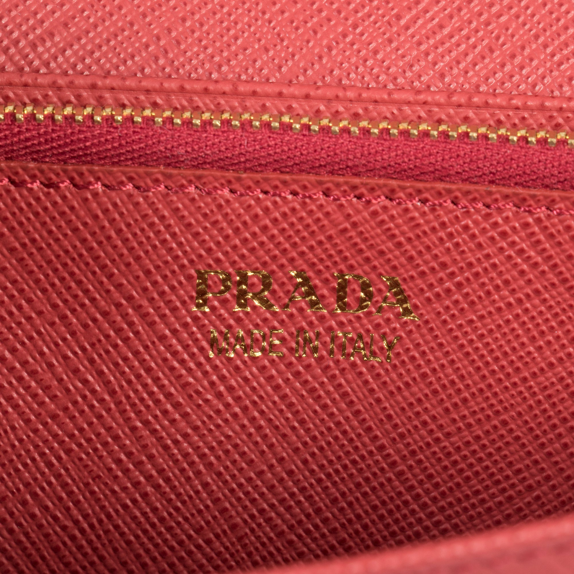 Prada Red Saffiano Leather Flap Wallet With Bow Detail 1MH132 ZTM F068Z