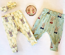 Green Rabbit Bow & Carrot Leggings
