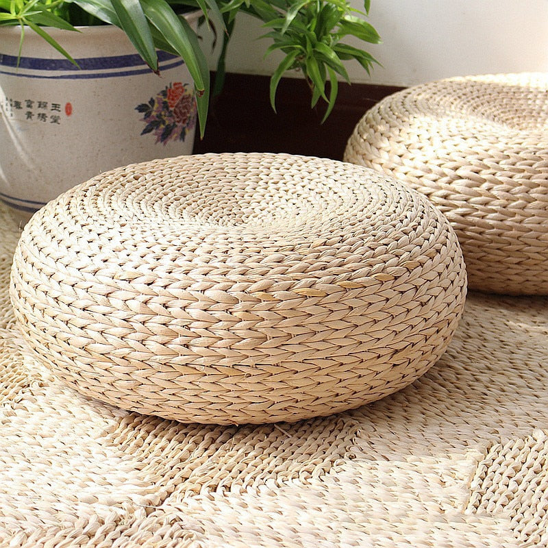 Natural Straw Round Yoga Cushion - Buddha Vibrations