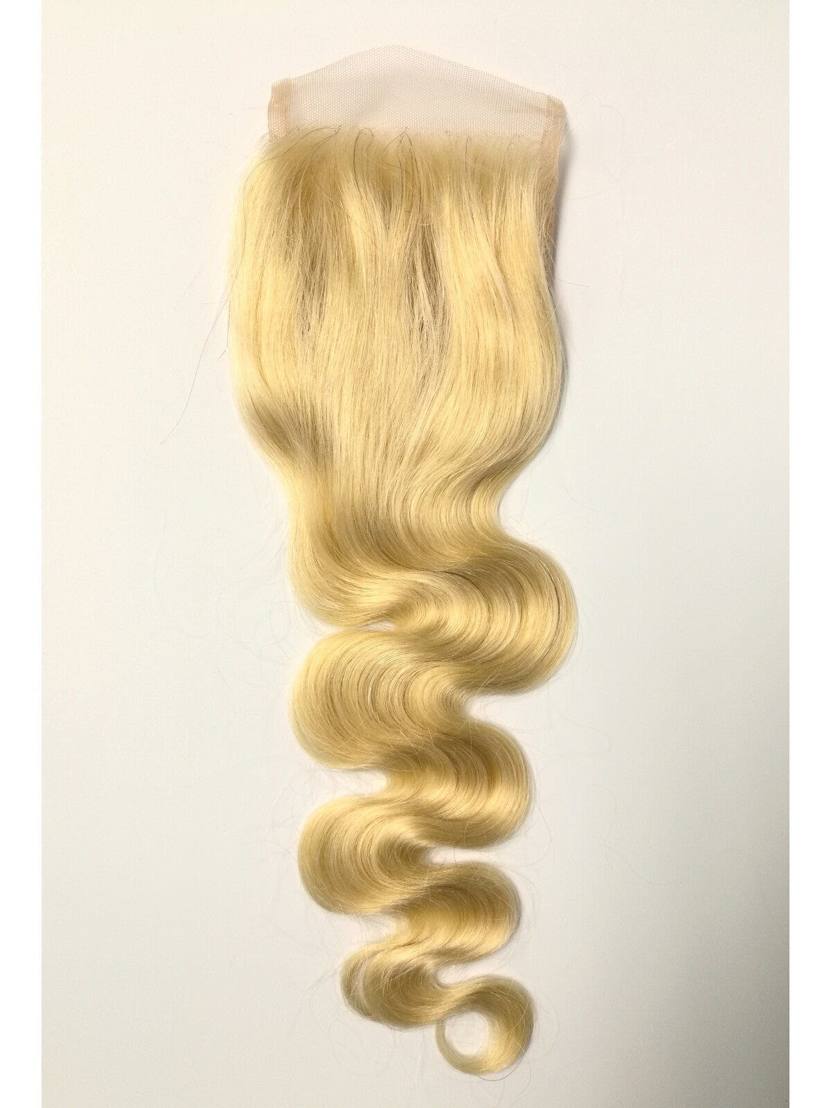"4""x4"" Blonde Lace Clsoure    -BODY WAVE - Euryale Virgin Hair"