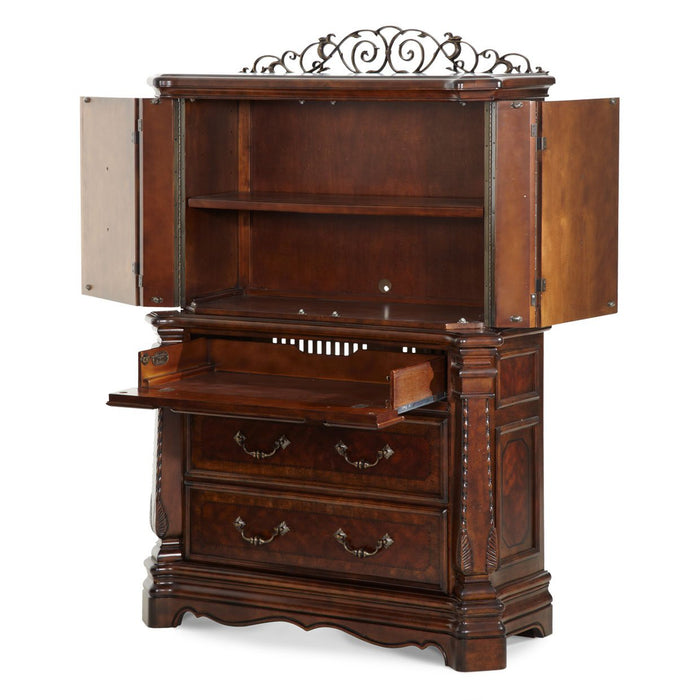 Michael Amini Windsor Court Gentleman's Chest