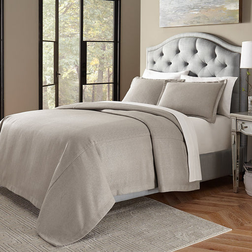 Michael Amini Port Orleans Bed Throw/Coverlet Set Gray