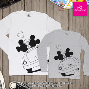 Mickey & Minnie Mouse Lovers in Car - Unisex Long Sleeve T-Shirt