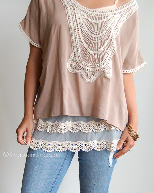 Scalloped Lace Ivory Top Extender
