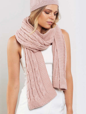 Cable Knit Chunky Scarf