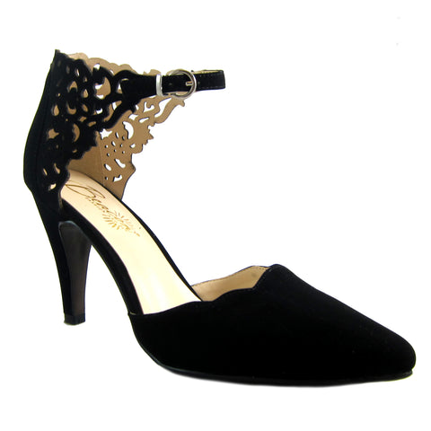 Scarlette Black laser cut pump