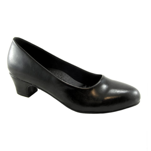 Carrie Black classic low heel pump by Beacon