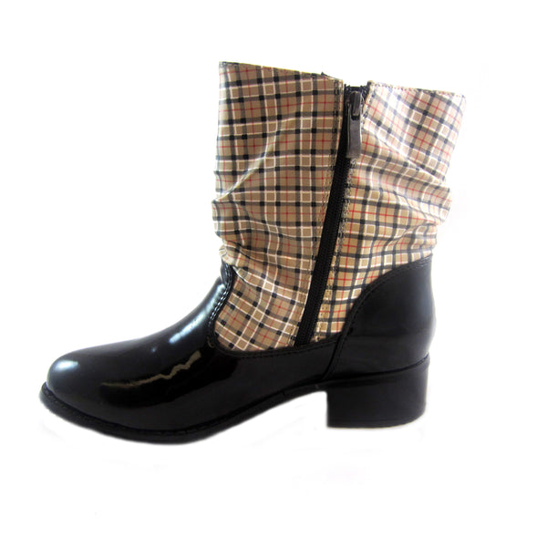 Drizzle black/Plaid rain boot by Sensible Soles side view