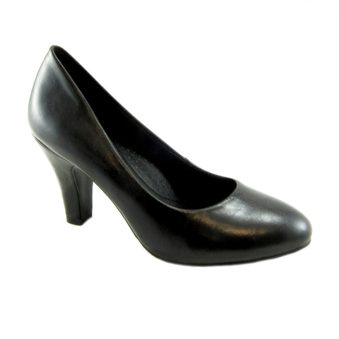 Jennifer black classig pump by Beacon Fashion and Fit