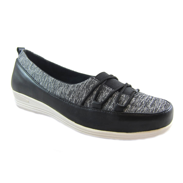 Polly Black Bees by Beacon stretch slip on