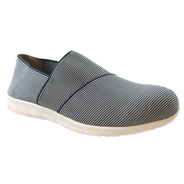 Sandy Blueberry all over strecth strip comfort casual slip on Bees by Beacon