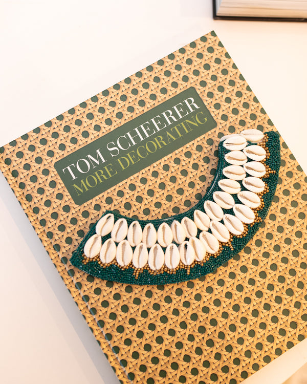 Cowrie Collar - Emerald Green