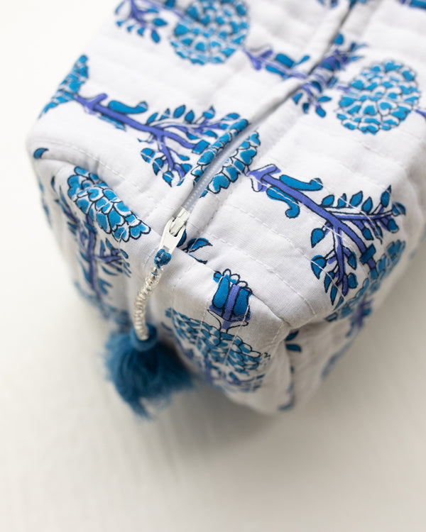 Willow Park Exclusive Bleu Bell Cosmetic Bags