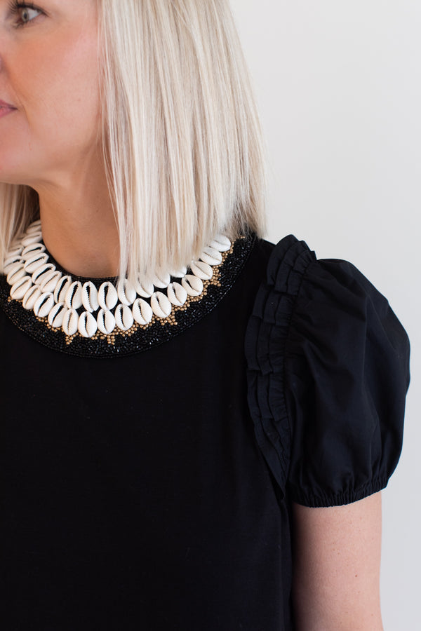 Black Shell Cowrie Collar