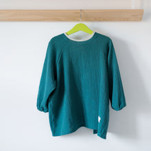 Load image into Gallery viewer, Dark Green Apron, organic cotton linen