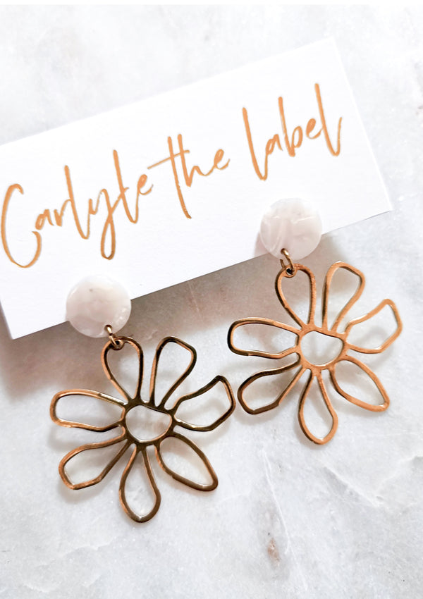 Daisy Dangle Earrings - Ivory & Gold