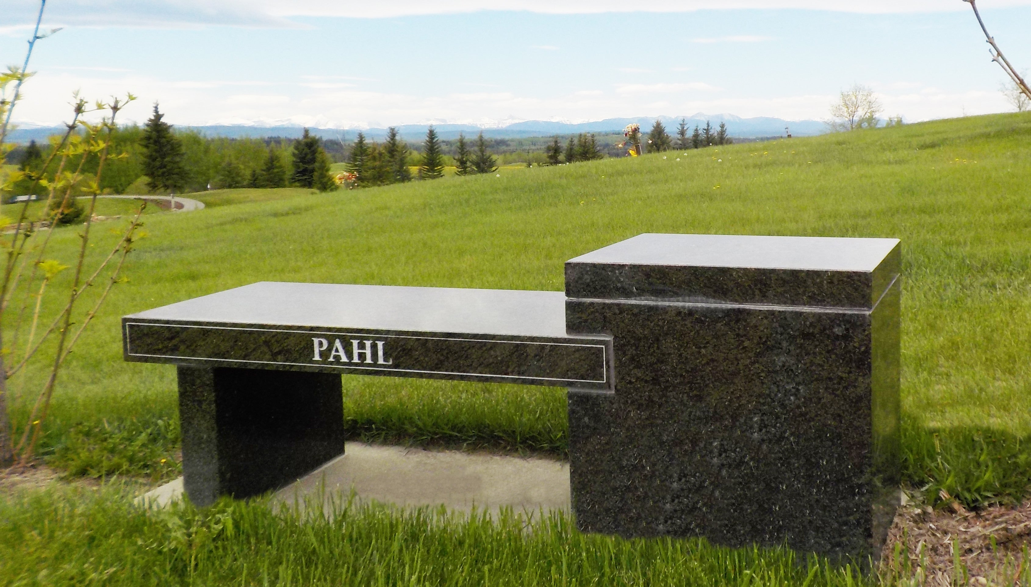 Pahl Bench Cemetary