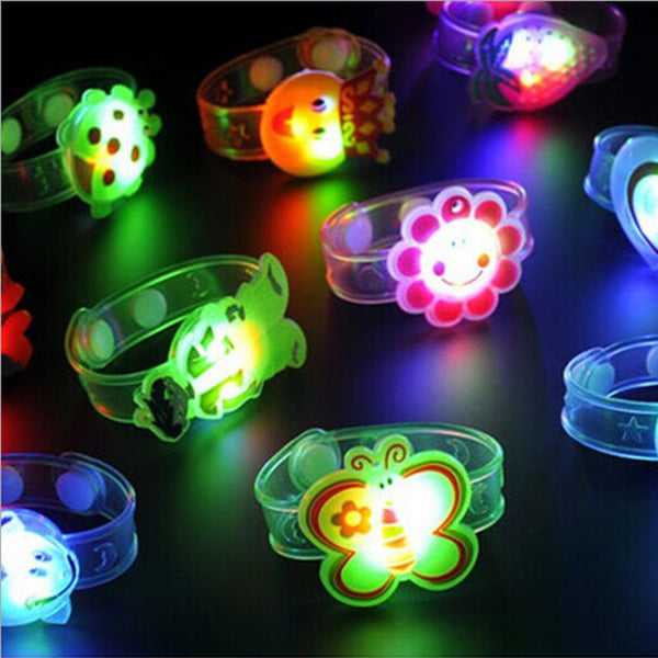 New Unique Light Flash Toys for Chidlren girls Wrist Hand Take Dance Party Dinner Party Flash toys Wrist Light up toy Girls
