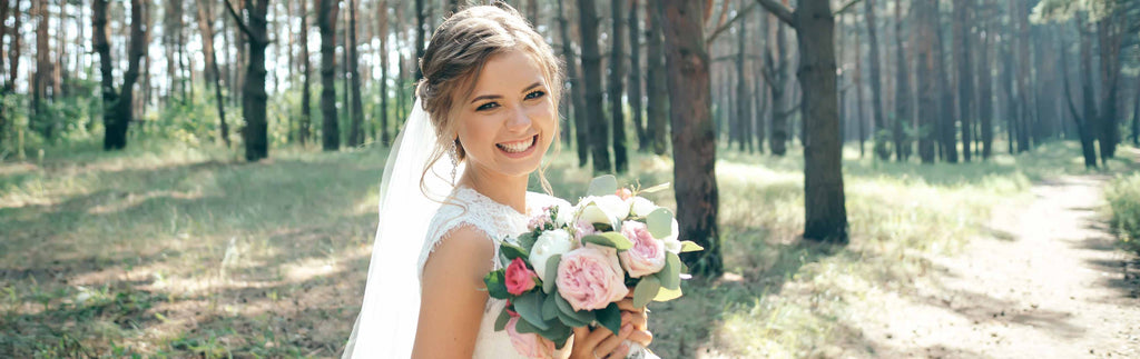 TOP TIPS TO BEAUTIFUL WEDDING DAY LASHES
