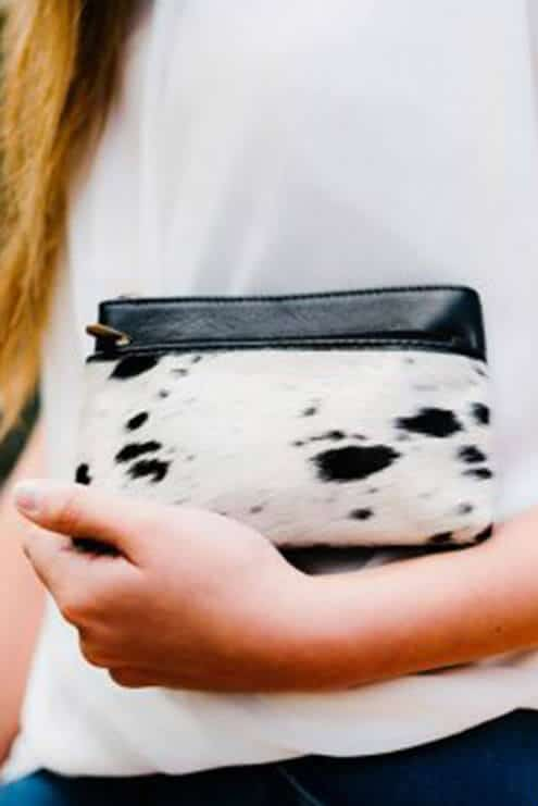 The Design Edge Double Zipper Cowhide Clutch - Alaska