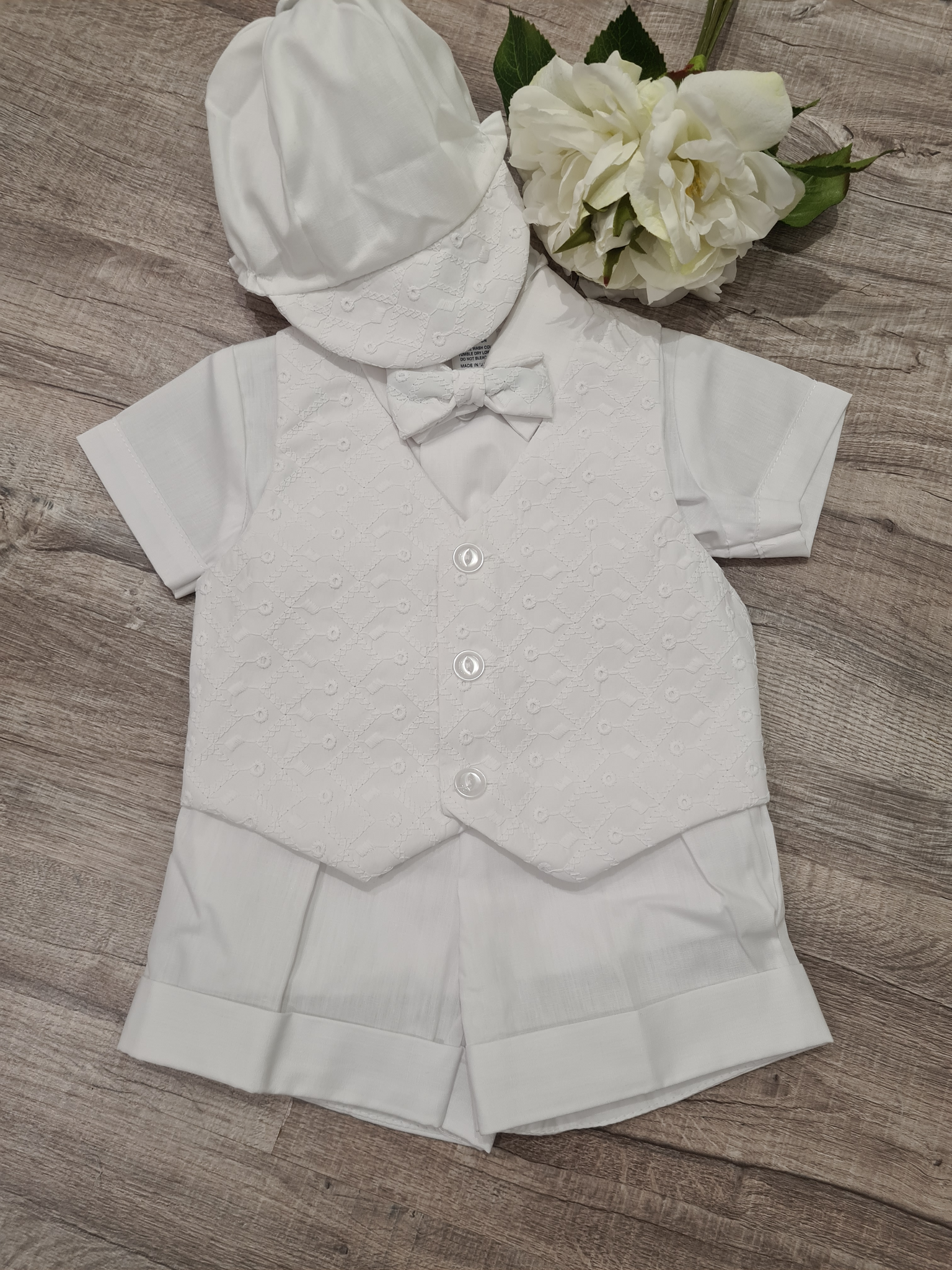 Embroidered vest set - New to Store