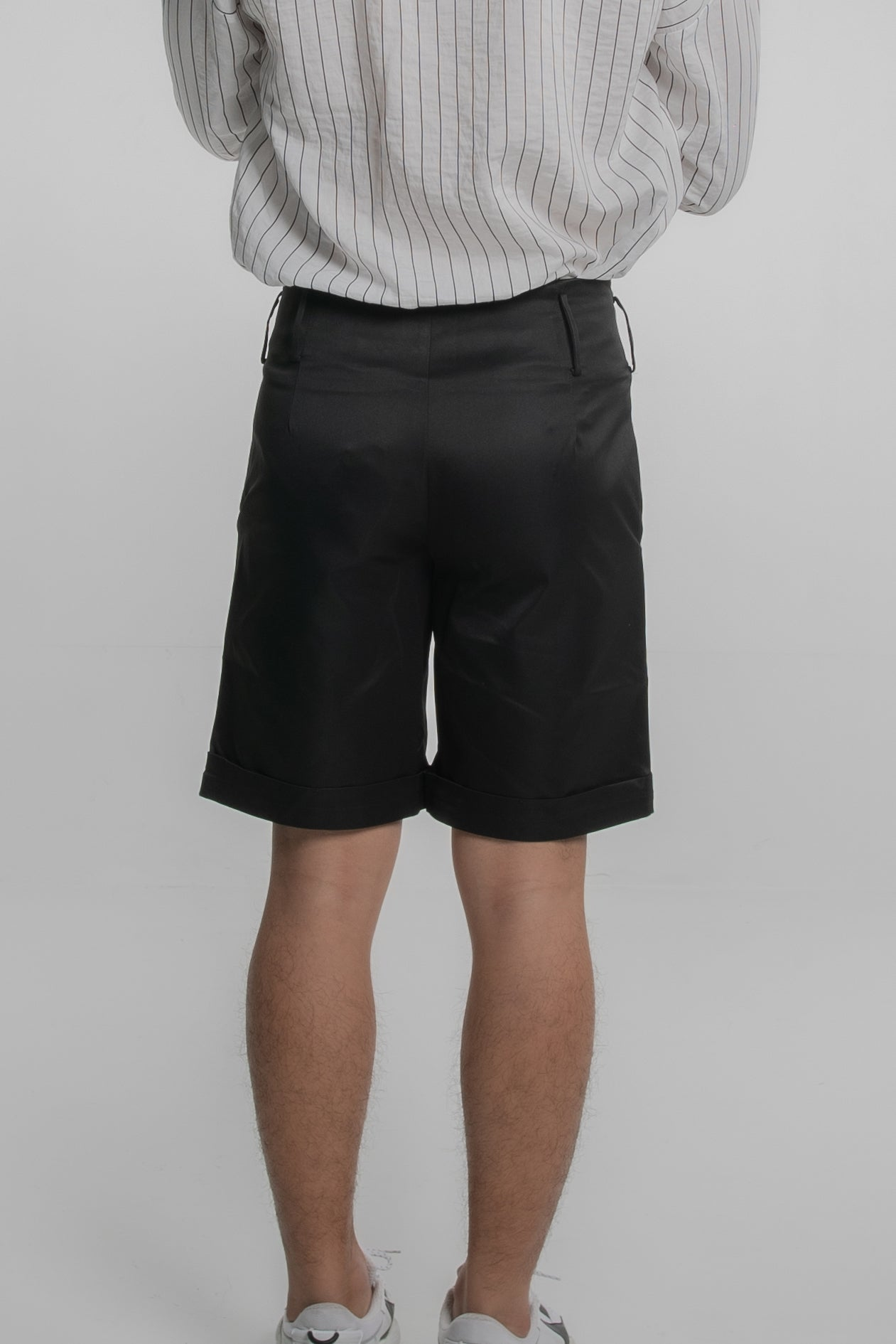 High Waist Cropped Shorts (Black)
