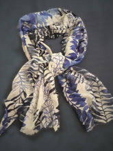 Wool Silk Leaf Pattern Wrap