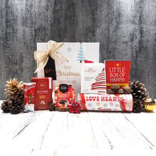 Our Colurs of Christmas Hamper is filled with everything red and festive. From tea to chocolate to Christmas pudding and panettone, this is the perfect Christmas hamper for gifting.