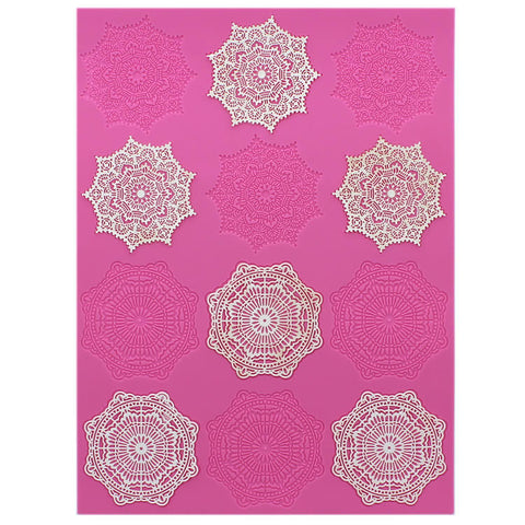 ALEXANDRA CAKE LACE MAT - BY CLAIRE BOWMAN